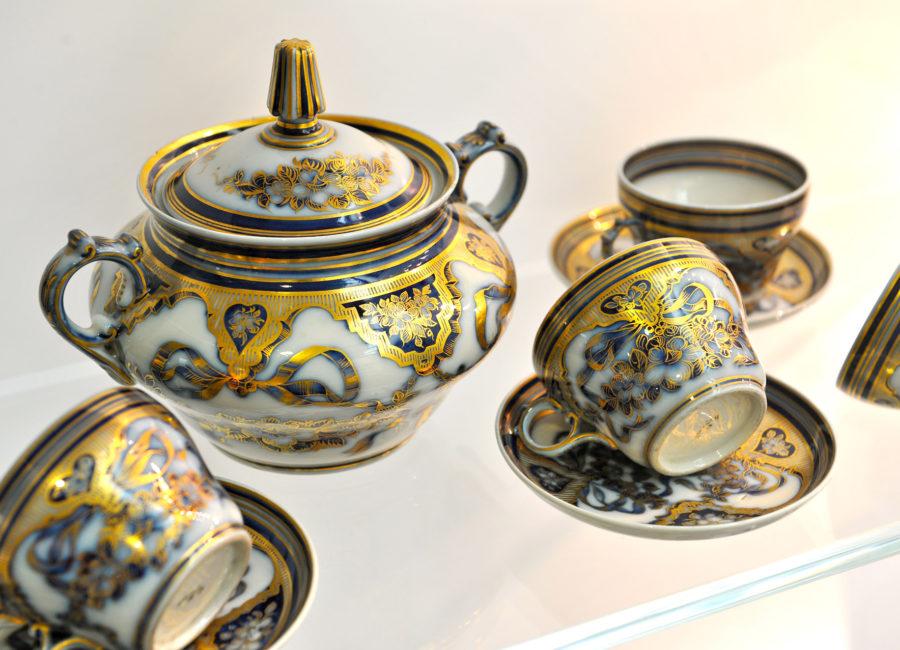 Bayeux porcelain